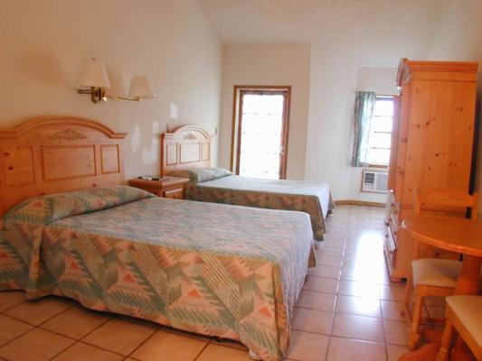 Orange Hill Beach Inn - Nasáu - Habitación