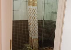 Apartment ES on Kolomenskay - Saint Petersburg - Bathroom