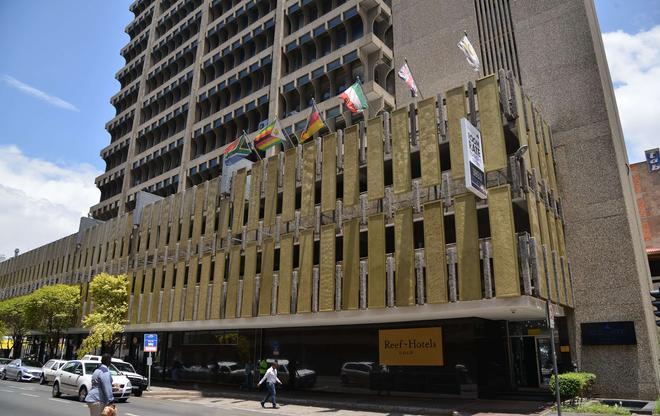 Reef Hotel - Johannesburg - Building