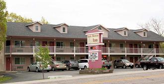 Apple Blossom Inn - Eureka Springs - Building