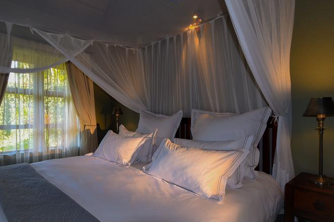 La Lechere Guest House - Phalaborwa - Bedroom