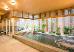 Nishitetsu Hotel Croom Hakata - Fukuoka - Pool