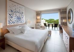 Hilton Vilamoura As Cascatas Golf Resort & Spa - Vilamoura - Makuuhuone