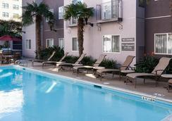 Residence Inn by Marriott San Diego Downtown - San Diego - Pool
