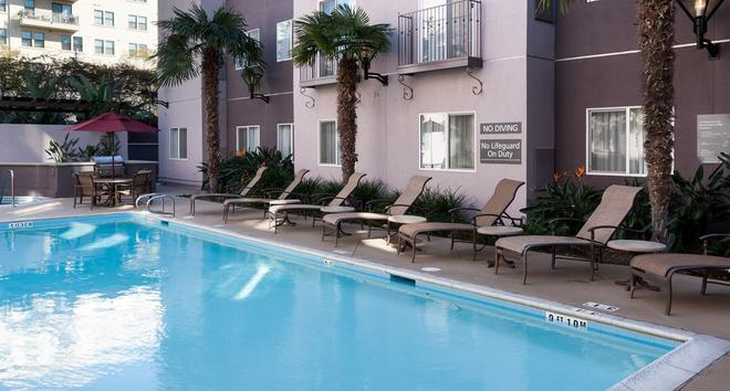 Residence Inn by Marriott San Diego Downtown - San Diego - Uima-allas