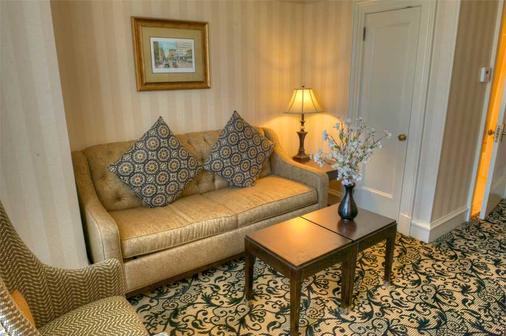 Gaslamp Plaza Suites - San Diego - Olohuone