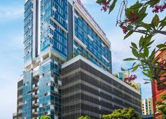 Hilton Garden Inn Singapore Serangoon - Singapur - Edificio