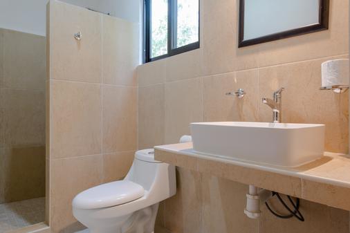 Maya Eco Village - Akumal - Bathroom
