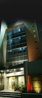Hotel Ornate - Ντάκα - Κτίριο