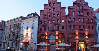 Romantik Hotel Scheelehof - שטרלזונד - נוף חיצוני