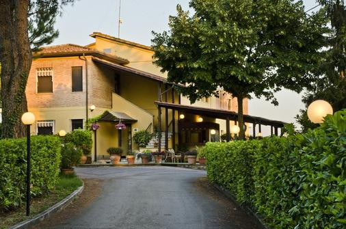 Hotel Porta Ai Tufi - Siena - Building