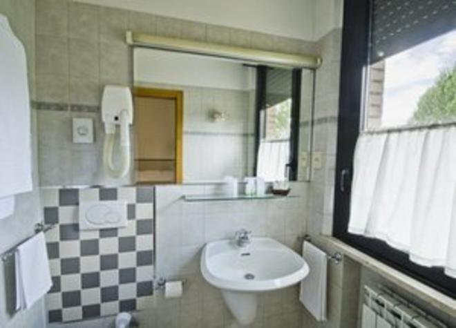 波爾塔艾圖菲酒店 - 錫耶納 - 錫耶納 - 浴室