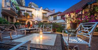 Hacienda Buenaventura Hotel & Mexican Charm - פוארטו ויארטה - פטיו