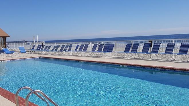 沙灘海洋俱樂部度假酒店 - 麥爾托海灘 - 美特爾海灘 - 游泳池