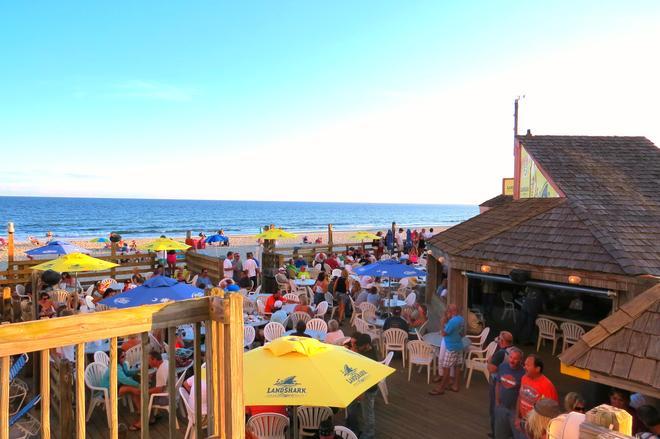沙灘海洋俱樂部度假酒店 - 麥爾托海灘 - 美特爾海灘 - 酒吧