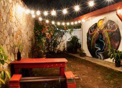La Hamaca Hostel - San Pedro Sula - Patio