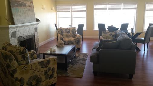 Edgewater Inn - St. Augustine - Living room