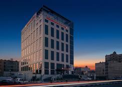 Hilton Garden Inn Al Jubail - Al Jubail - Building