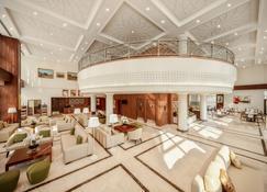 Hilton Garden Inn Al Jubail - Al Jubail - Lobby