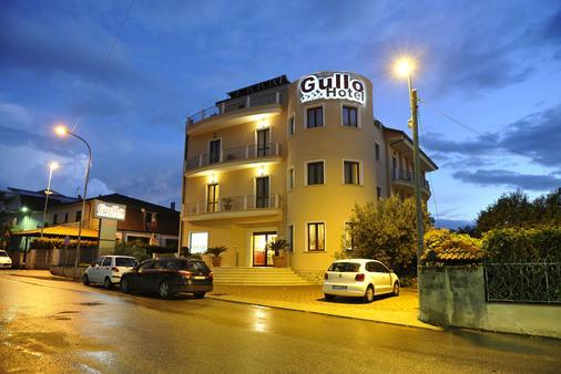 Hotel Gullo - Curinga - Building