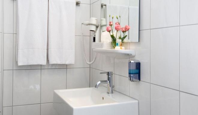Monopol Hotel - Düsseldorf - Phòng tắm