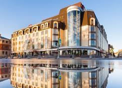 Victoria Hotel Vyborg - Vyborg - Building