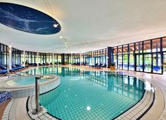 Parkhotel Adler - Hinterzarten - Pool