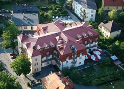 Hotel Adam & Spa - Kudowa-Zdrój - Edificio