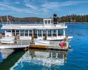 Saddleback Inn - Lake Arrowhead - Buiten zicht