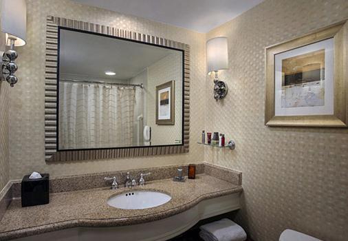 Boston Marriott Long Wharf - Boston - Bathroom