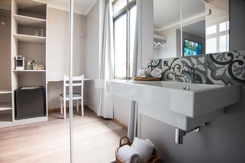 Sé Boutique Hotel - Funchal - Bathroom
