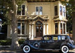 Hotel Napa Valley an Ascend Hotel Collection Member - Napa - Building