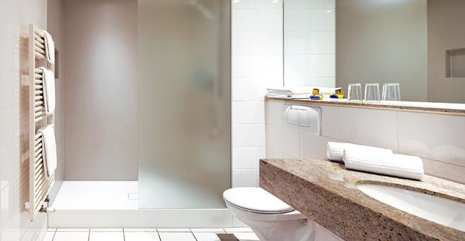 Hotel Hafen Hamburg - Hambourg - Salle de bain