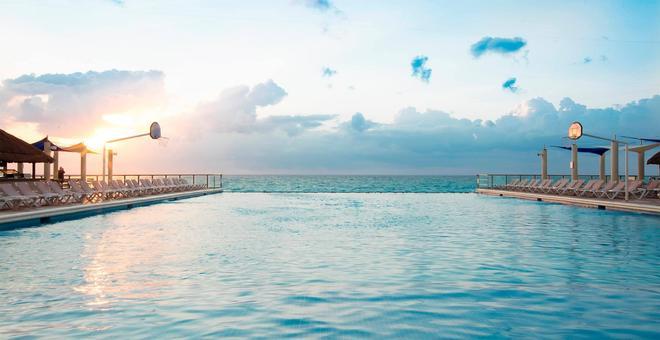 Crown Paradise Club Cancún - Cancún - Pileta