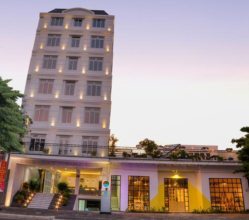 Palmier Hotel - Da Nang - Building