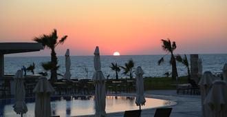Amphora Hotel & Suites - Paphos - Restaurant