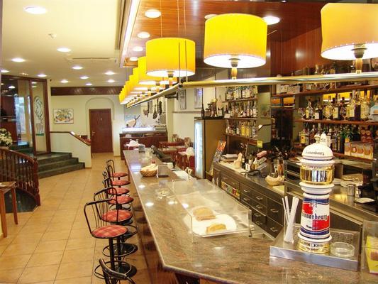 Hotel Cervol - Andorra la Vella - Baari