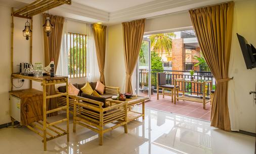 Les Bambous Luxury Hotel - Siem Reap - Living room