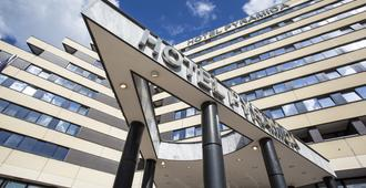 Orea Hotel Pyramida - Prague - Building