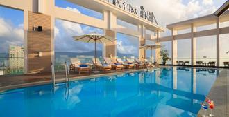 Diamond Sea Hotel - Da Nang - Svømmebasseng