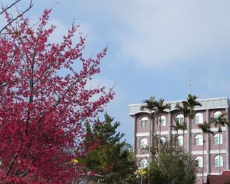 O-Sun-Win Hotel - Meishan Township - Building
