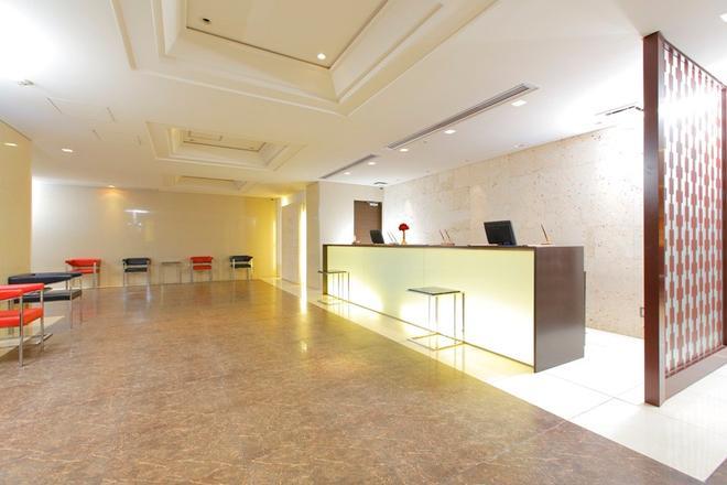 Hotel MyStays 福岡天神 - 福岡 - 櫃檯