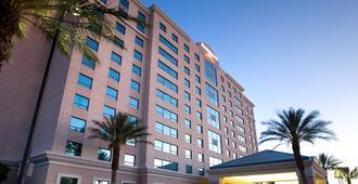 Residence Inn by Marriott Las Vegas Hughes Center - Las Vegas - Building