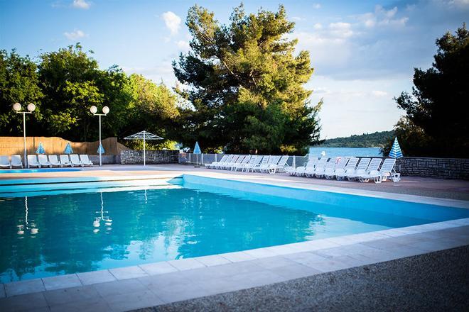 Croatia Camp Miller Homes Vodice - Vodice - Pool