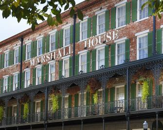 The Marshall House, Historic Inns of Savannah Collection - Savannah - Building