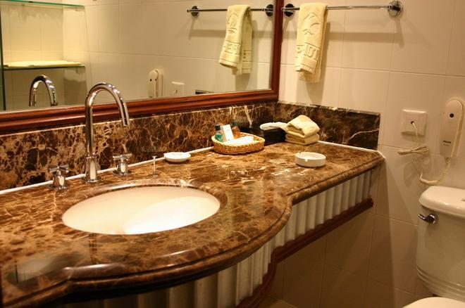 Hope Hotel - Shanghai - Shanghai - Bathroom