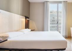 奧迪托利依路尼恩酒店 - 巴塞隆拿 - 巴塞隆納 - 臥室