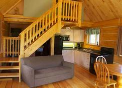 Sundog Retreat - Whitehorse - Sala de estar