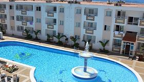 Apartamentos Panoramic - Ibiza - Piscina