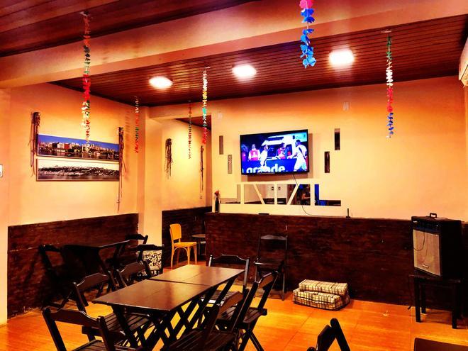Gadhega's Hostel Salvador - Salvador - Living room